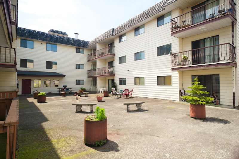 Condo Apartment at 113 45749 SPADINA AVENUE, Unit 113, Chilliwack, British Columbia. Image 1