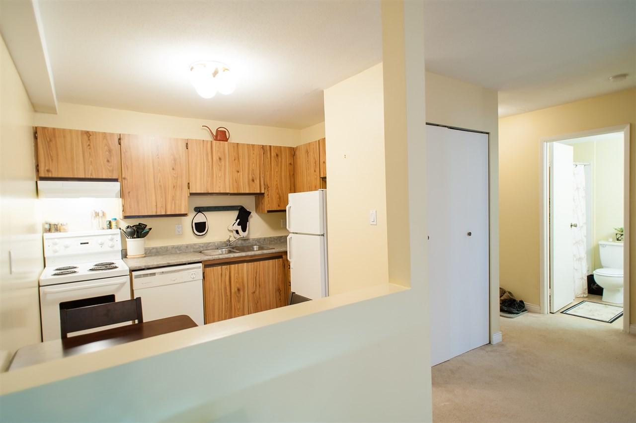 Condo Apartment at 113 45749 SPADINA AVENUE, Unit 113, Chilliwack, British Columbia. Image 12