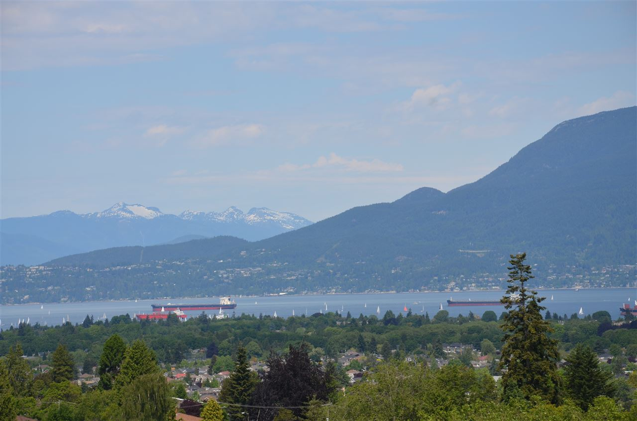 Condo Apartment at PH1 2121 W 38TH AVENUE, Unit PH1, Vancouver West, British Columbia. Image 1
