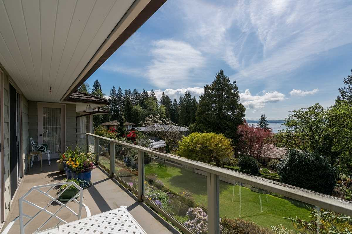 Detached at 3170 BENBOW ROAD, West Vancouver, British Columbia. Image 13