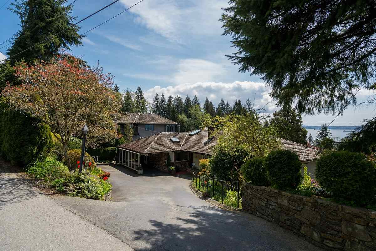Detached at 3170 BENBOW ROAD, West Vancouver, British Columbia. Image 18