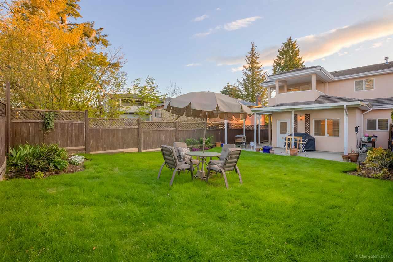 Half-duplex at 6640 SALISBURY AVENUE, Burnaby South, British Columbia. Image 19