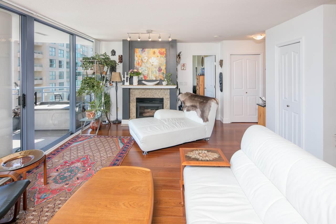 Condo Apartment at 1104 719 PRINCESS STREET, Unit 1104, New Westminster, British Columbia. Image 3