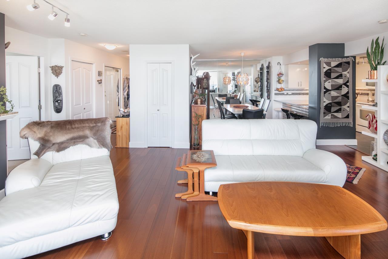 Condo Apartment at 1104 719 PRINCESS STREET, Unit 1104, New Westminster, British Columbia. Image 6