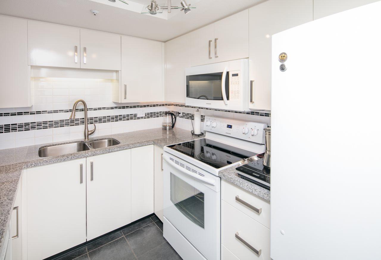 Condo Apartment at 1104 719 PRINCESS STREET, Unit 1104, New Westminster, British Columbia. Image 13