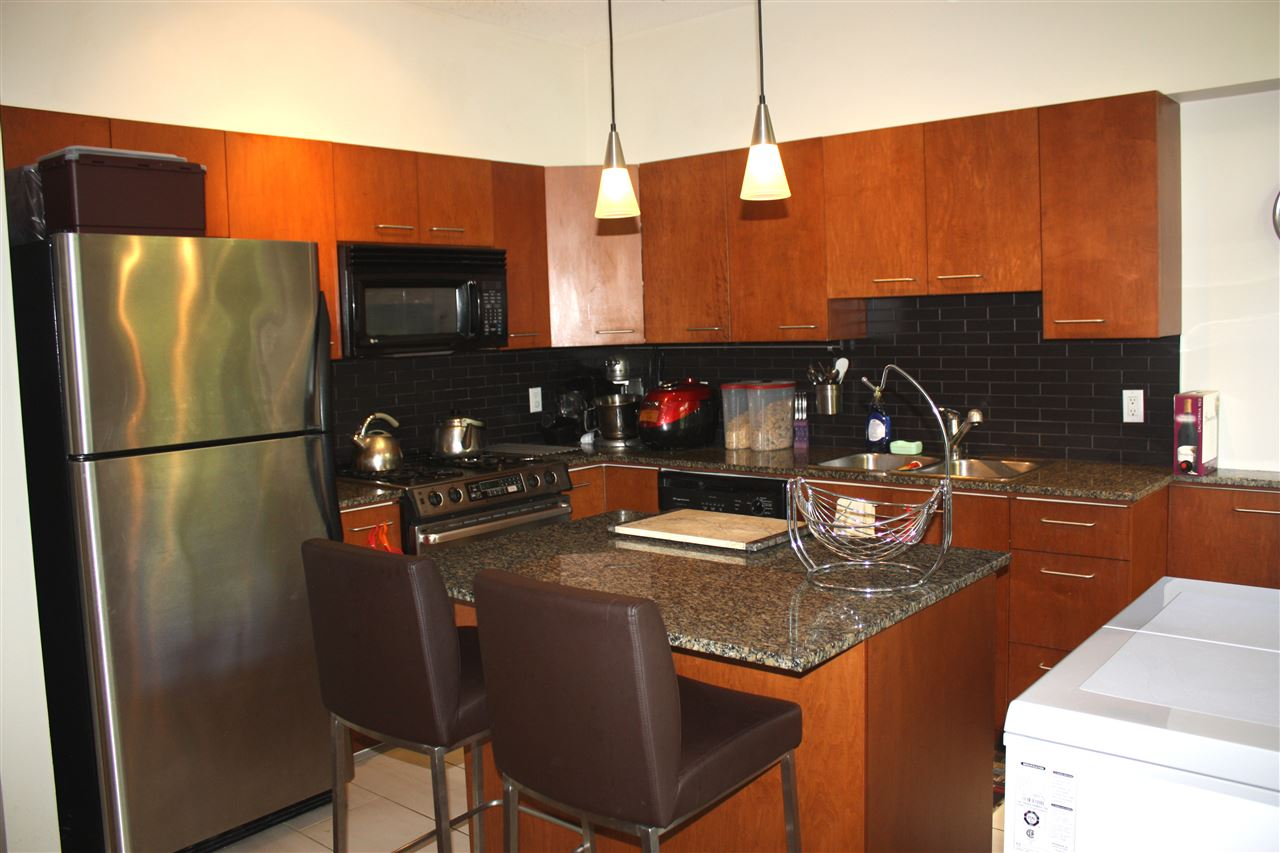 Townhouse at 3 4333 CENTRAL BOULEVARD, Unit 3, Burnaby South, British Columbia. Image 4