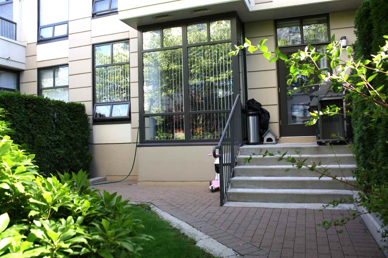 Townhouse at 3 4333 CENTRAL BOULEVARD, Unit 3, Burnaby South, British Columbia. Image 7