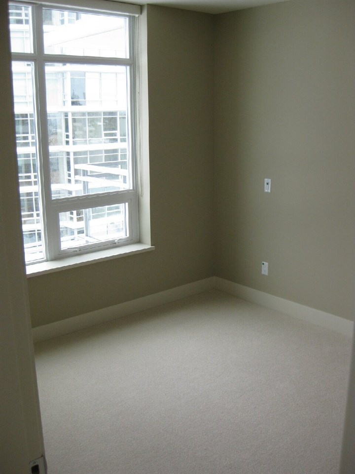 Condo Apartment at 503 1473 JOHNSTON ROAD, Unit 503, South Surrey White Rock, British Columbia. Image 12