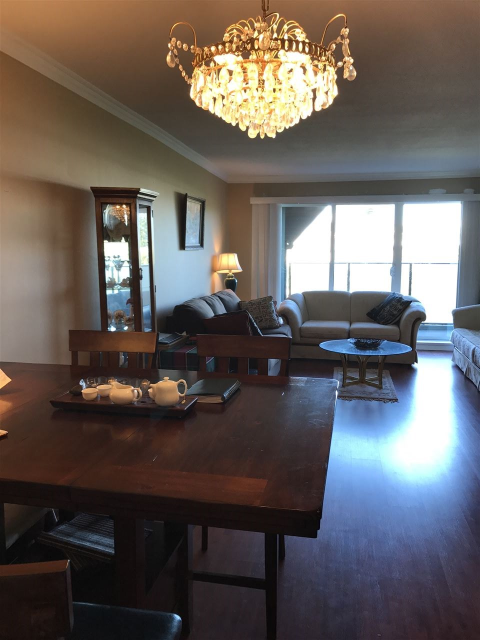 Condo Apartment at 306 1830 E SOUTHMERE CRESCENT, Unit 306, South Surrey White Rock, British Columbia. Image 1