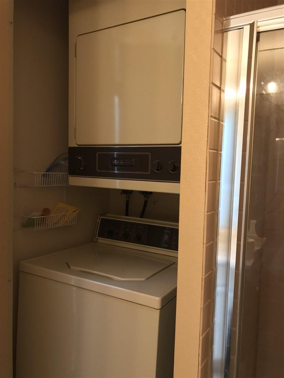 Condo Apartment at 306 1830 E SOUTHMERE CRESCENT, Unit 306, South Surrey White Rock, British Columbia. Image 9