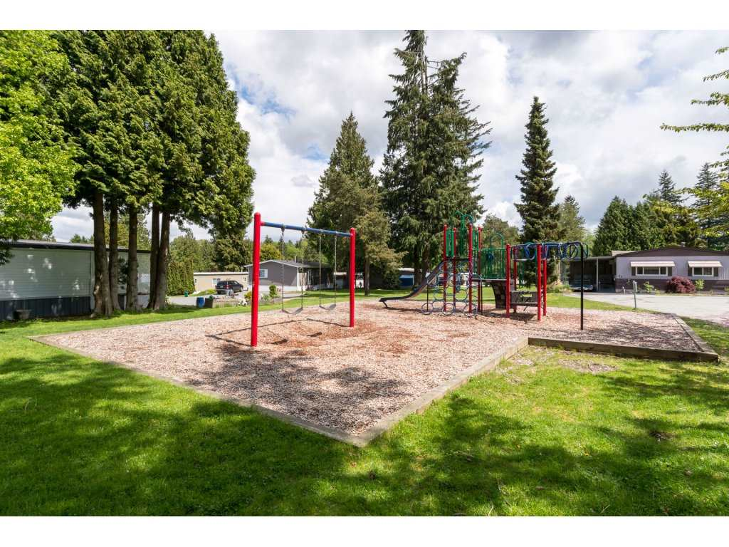 Detached at 136 7790 KING GEORGE BOULEVARD, Unit 136, Surrey, British Columbia. Image 20