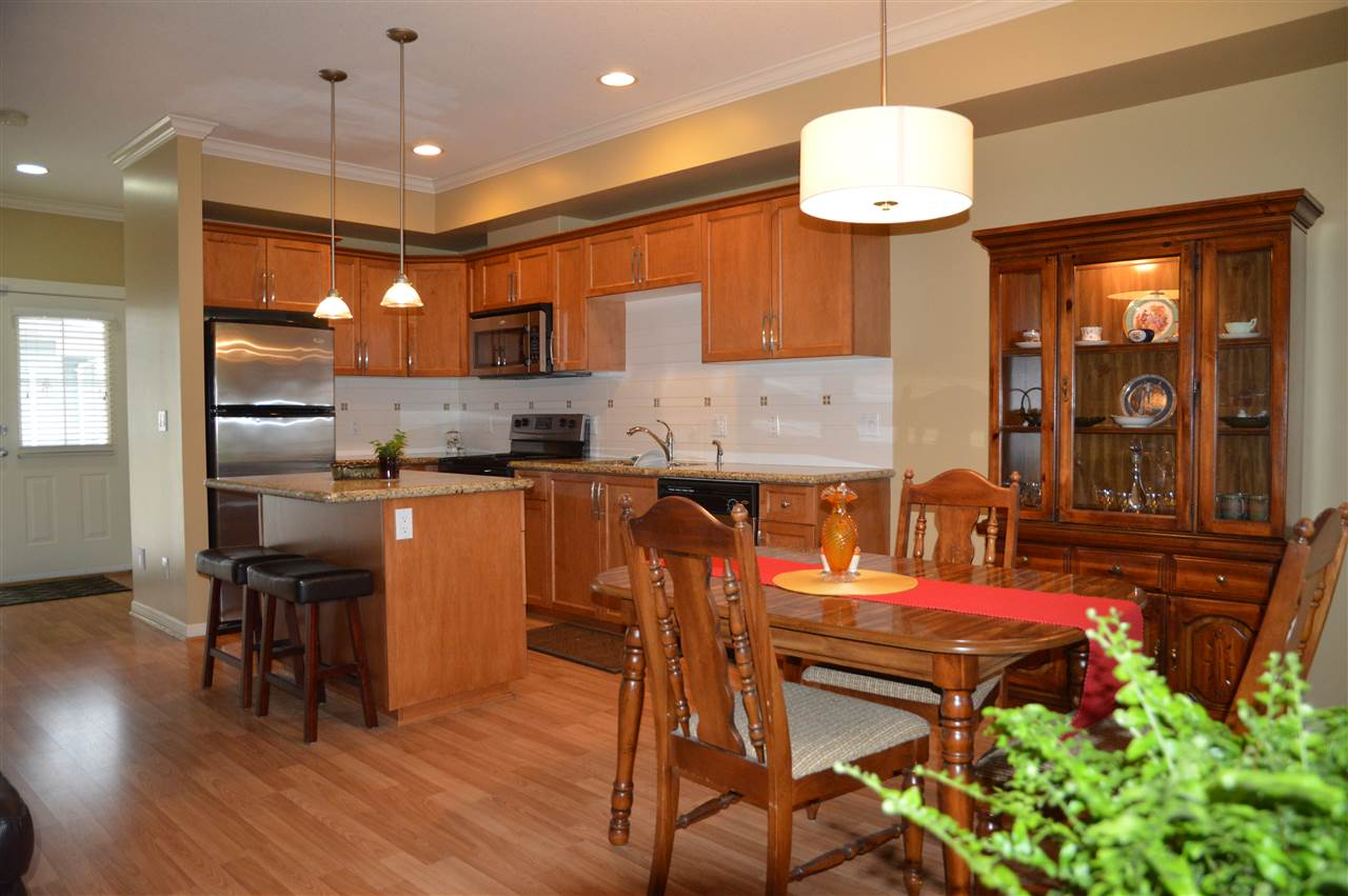Townhouse at 7 4910 CENTRAL AVENUE, Unit 7, Ladner, British Columbia. Image 2