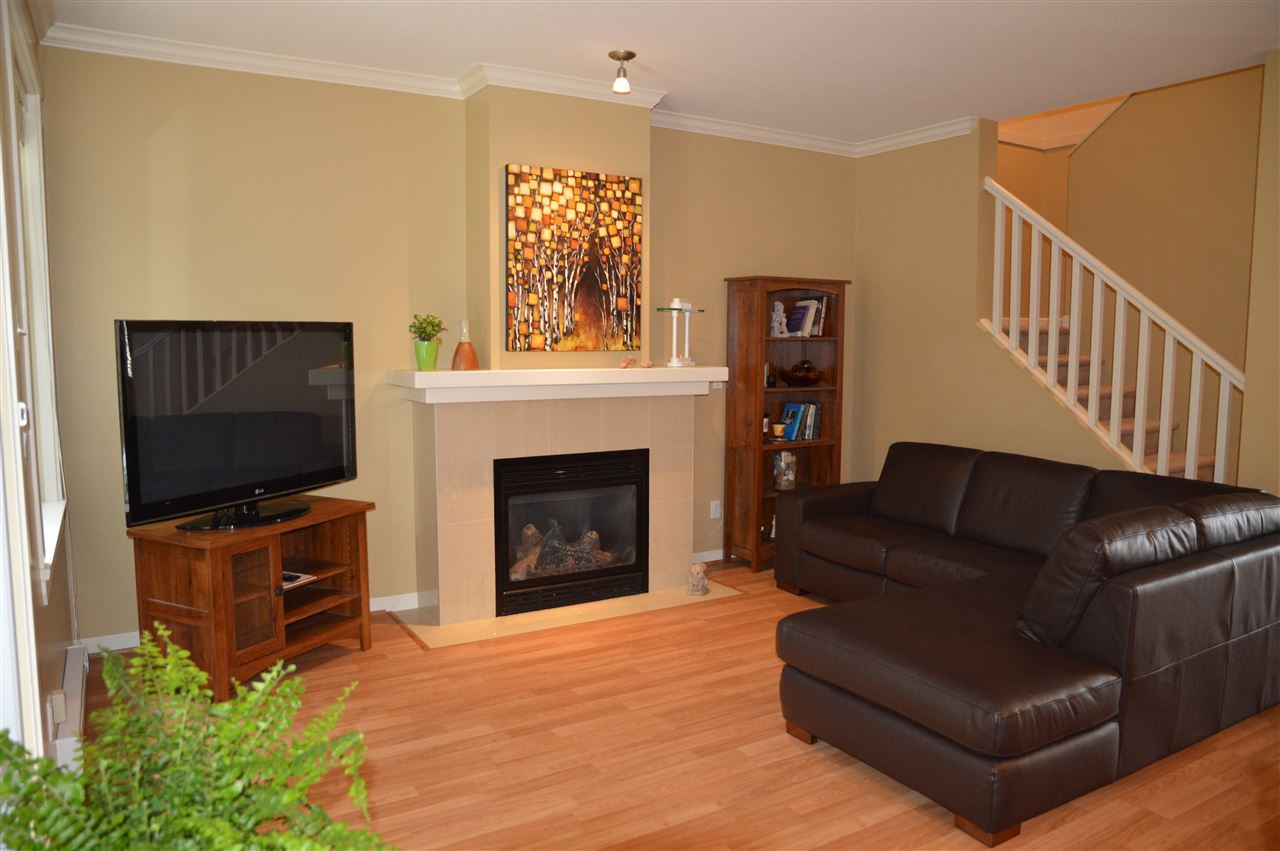Townhouse at 7 4910 CENTRAL AVENUE, Unit 7, Ladner, British Columbia. Image 6