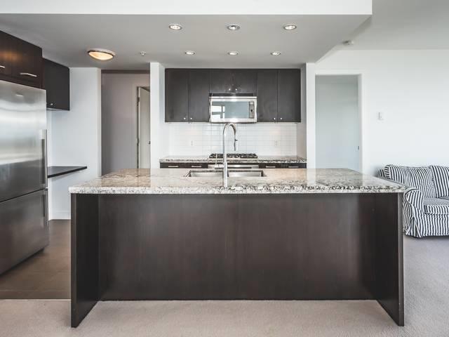 Condo Apartment at 706 1455 GEORGE STREET, Unit 706, South Surrey White Rock, British Columbia. Image 16