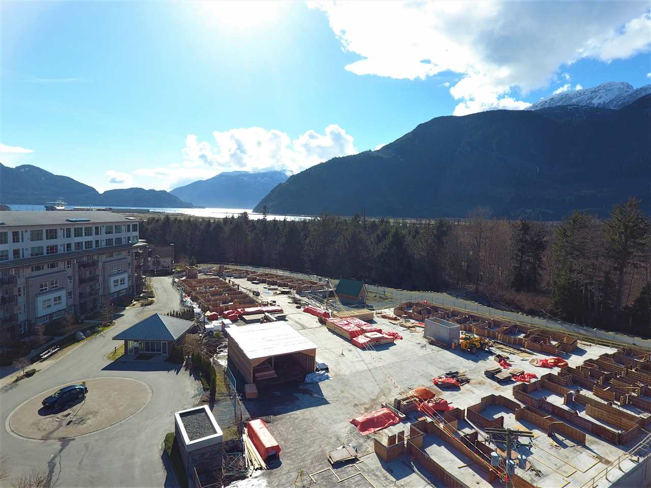 Townhouse at 66 1188 MAIN STREET, Unit 66, Squamish, British Columbia. Image 5