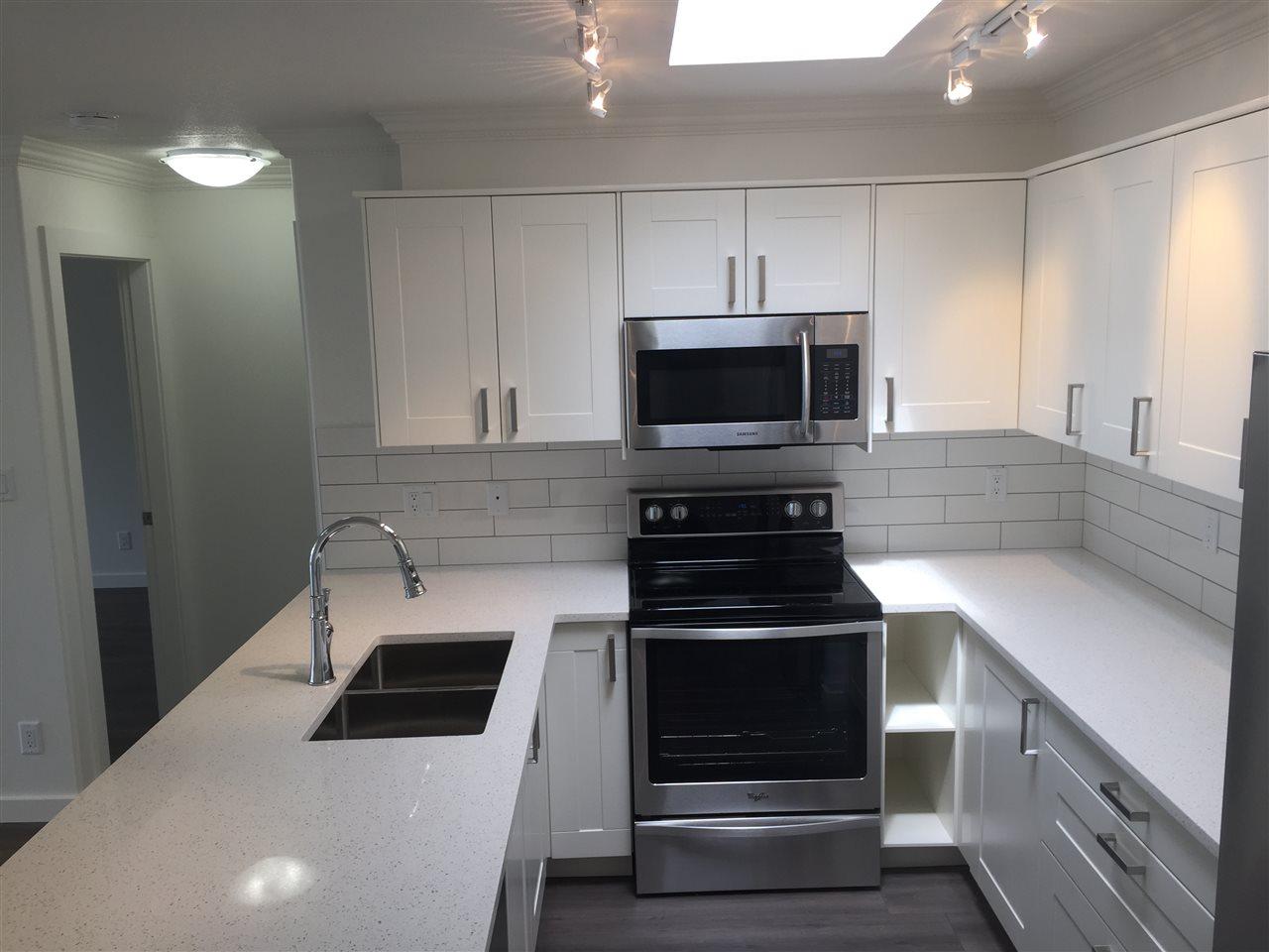Condo Apartment at 312 1119 VIDAL STREET, Unit 312, South Surrey White Rock, British Columbia. Image 6