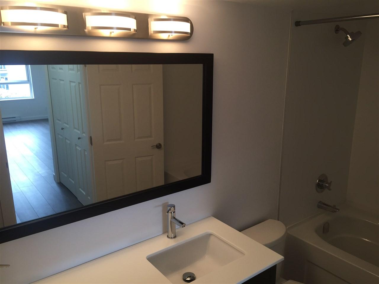 Condo Apartment at 312 1119 VIDAL STREET, Unit 312, South Surrey White Rock, British Columbia. Image 14