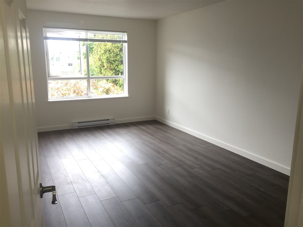 Condo Apartment at 312 1119 VIDAL STREET, Unit 312, South Surrey White Rock, British Columbia. Image 15