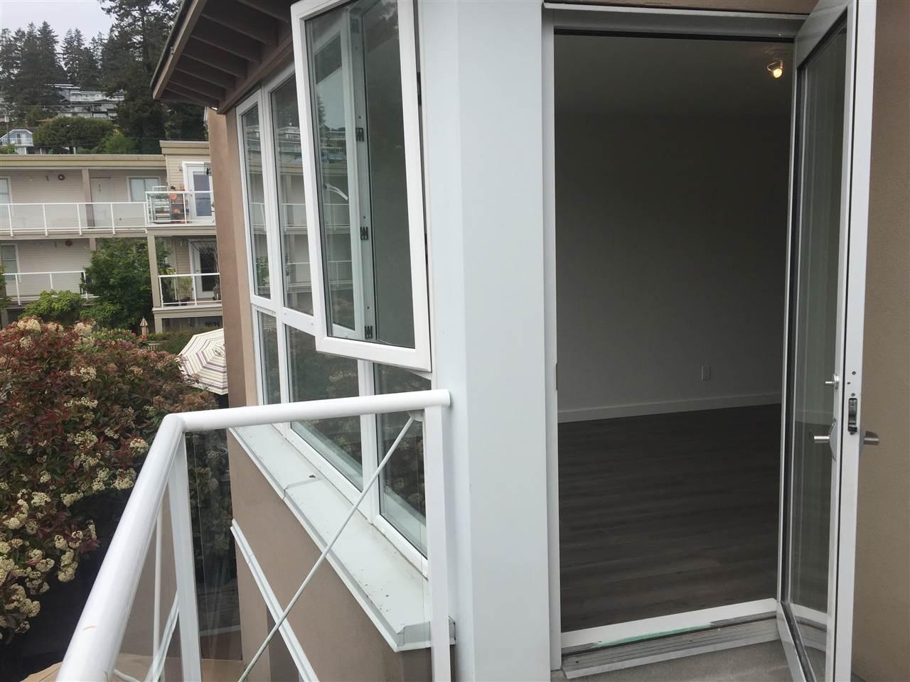 Condo Apartment at 312 1119 VIDAL STREET, Unit 312, South Surrey White Rock, British Columbia. Image 18