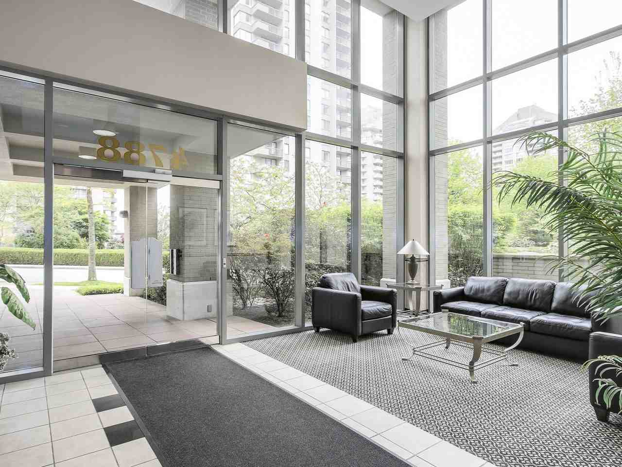 Condo Apartment at 1701 4788 HAZEL STREET, Unit 1701, Burnaby South, British Columbia. Image 2