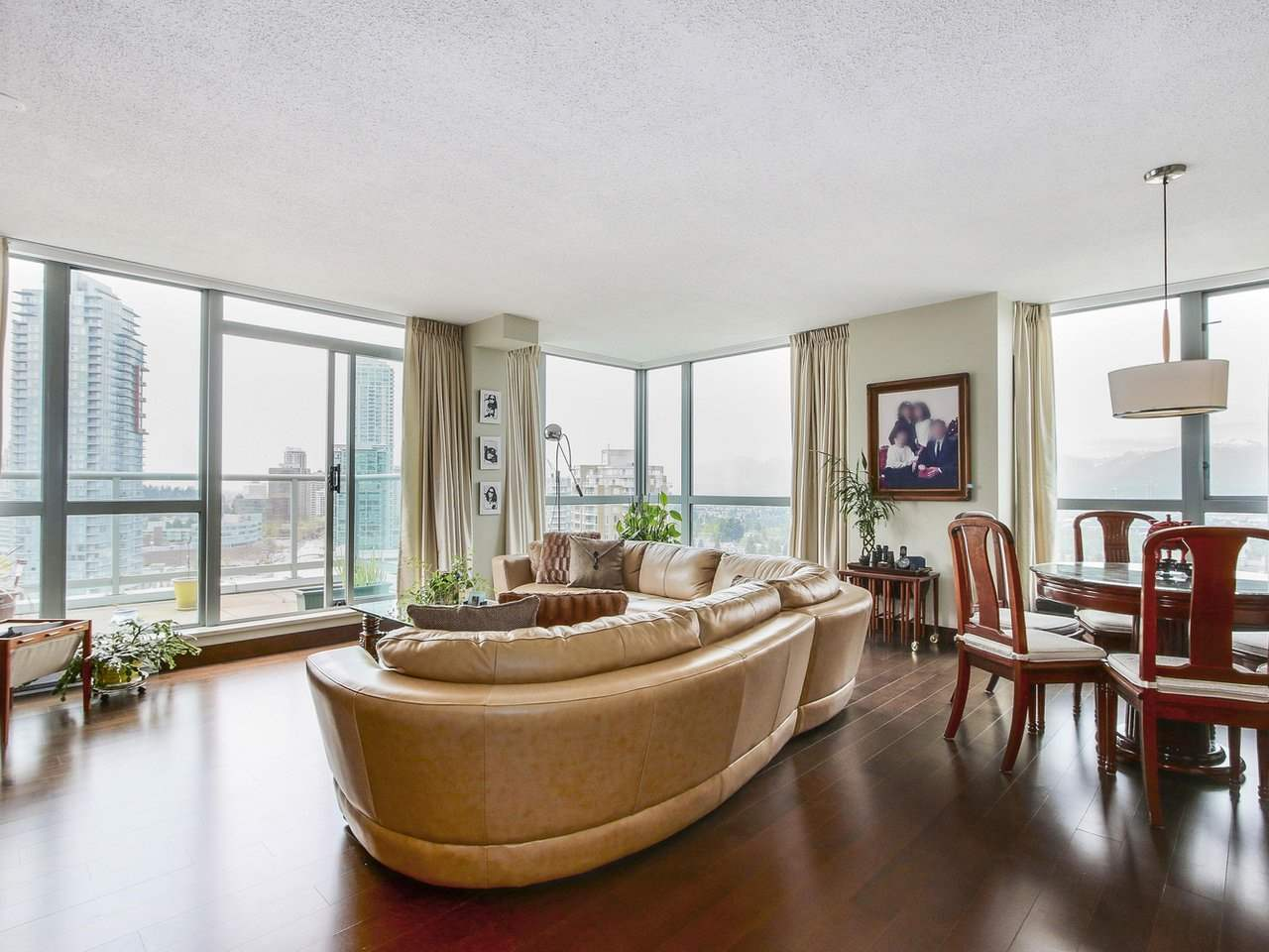 Condo Apartment at 1701 4788 HAZEL STREET, Unit 1701, Burnaby South, British Columbia. Image 3