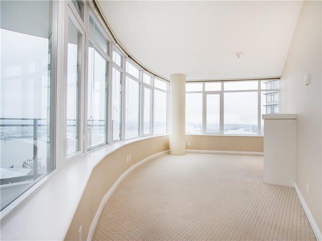 Condo Apartment at 1601 888 CARNARVON STREET, Unit 1601, New Westminster, British Columbia. Image 3