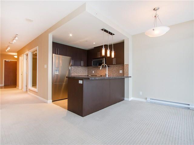Condo Apartment at 1601 888 CARNARVON STREET, Unit 1601, New Westminster, British Columbia. Image 10