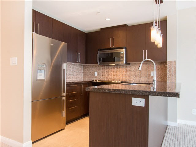 Condo Apartment at 1601 888 CARNARVON STREET, Unit 1601, New Westminster, British Columbia. Image 11