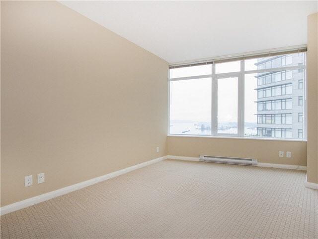 Condo Apartment at 1601 888 CARNARVON STREET, Unit 1601, New Westminster, British Columbia. Image 17