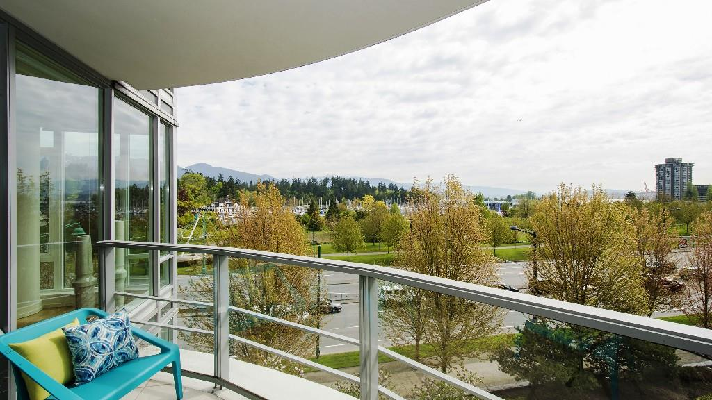Condo Apartment at 401 1985 ALBERNI STREET, Unit 401, Vancouver West, British Columbia. Image 5
