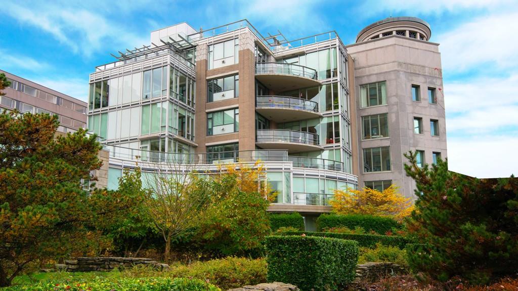 Condo Apartment at 401 1985 ALBERNI STREET, Unit 401, Vancouver West, British Columbia. Image 20