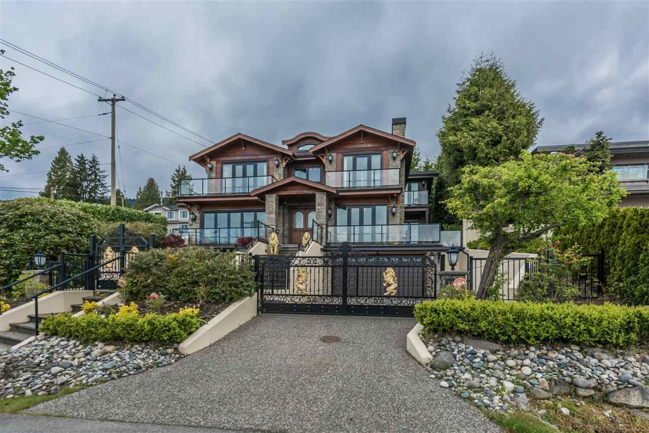 Detached at 2195 PALMERSTON AVENUE, West Vancouver, British Columbia. Image 3