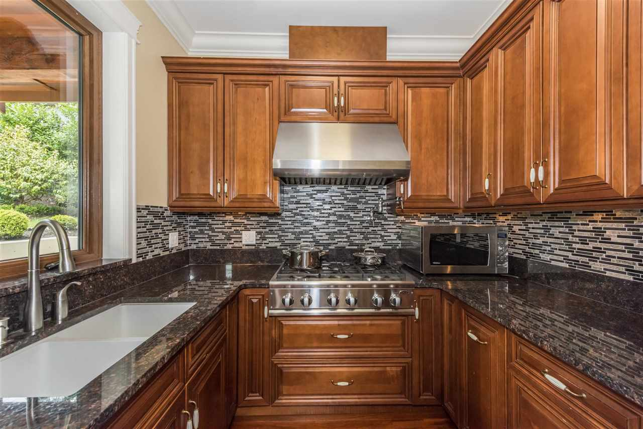 Detached at 2195 PALMERSTON AVENUE, West Vancouver, British Columbia. Image 11