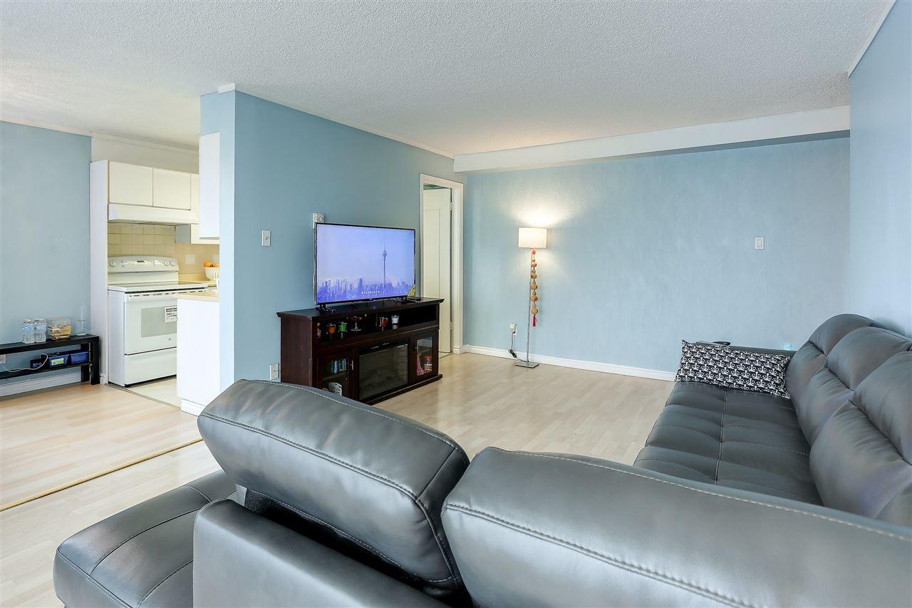 Condo Apartment at 102 5645 BARKER AVENUE, Unit 102, Burnaby South, British Columbia. Image 3