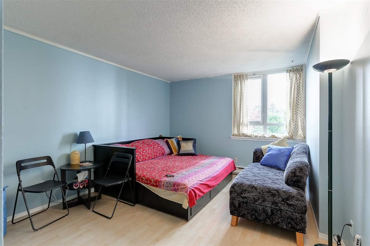 Condo Apartment at 102 5645 BARKER AVENUE, Unit 102, Burnaby South, British Columbia. Image 13