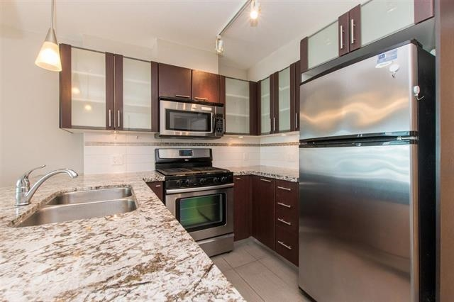 Condo Apartment at 1708 7888 SABA ROAD, Unit 1708, Richmond, British Columbia. Image 6