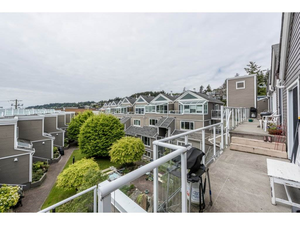 Townhouse at 1115 ELM STREET, South Surrey White Rock, British Columbia. Image 19