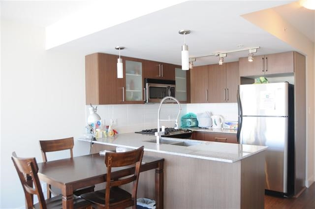 Condo Apartment at 1706 8068 WESTMINSTER HIGHWAY, Unit 1706, Richmond, British Columbia. Image 10