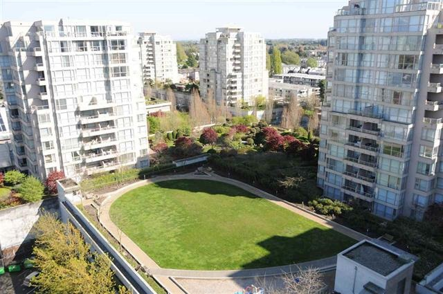 Condo Apartment at 1706 8068 WESTMINSTER HIGHWAY, Unit 1706, Richmond, British Columbia. Image 11