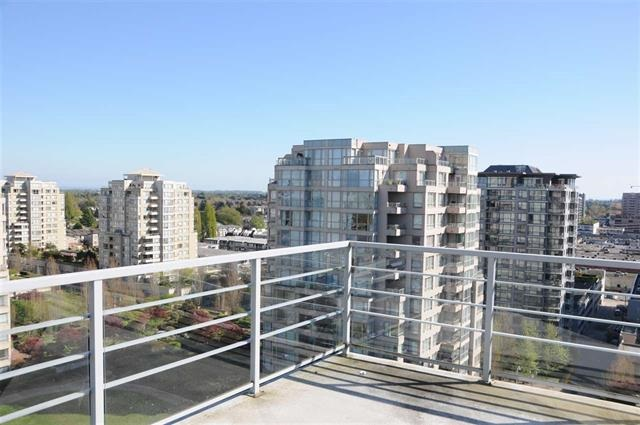 Condo Apartment at 1706 8068 WESTMINSTER HIGHWAY, Unit 1706, Richmond, British Columbia. Image 12