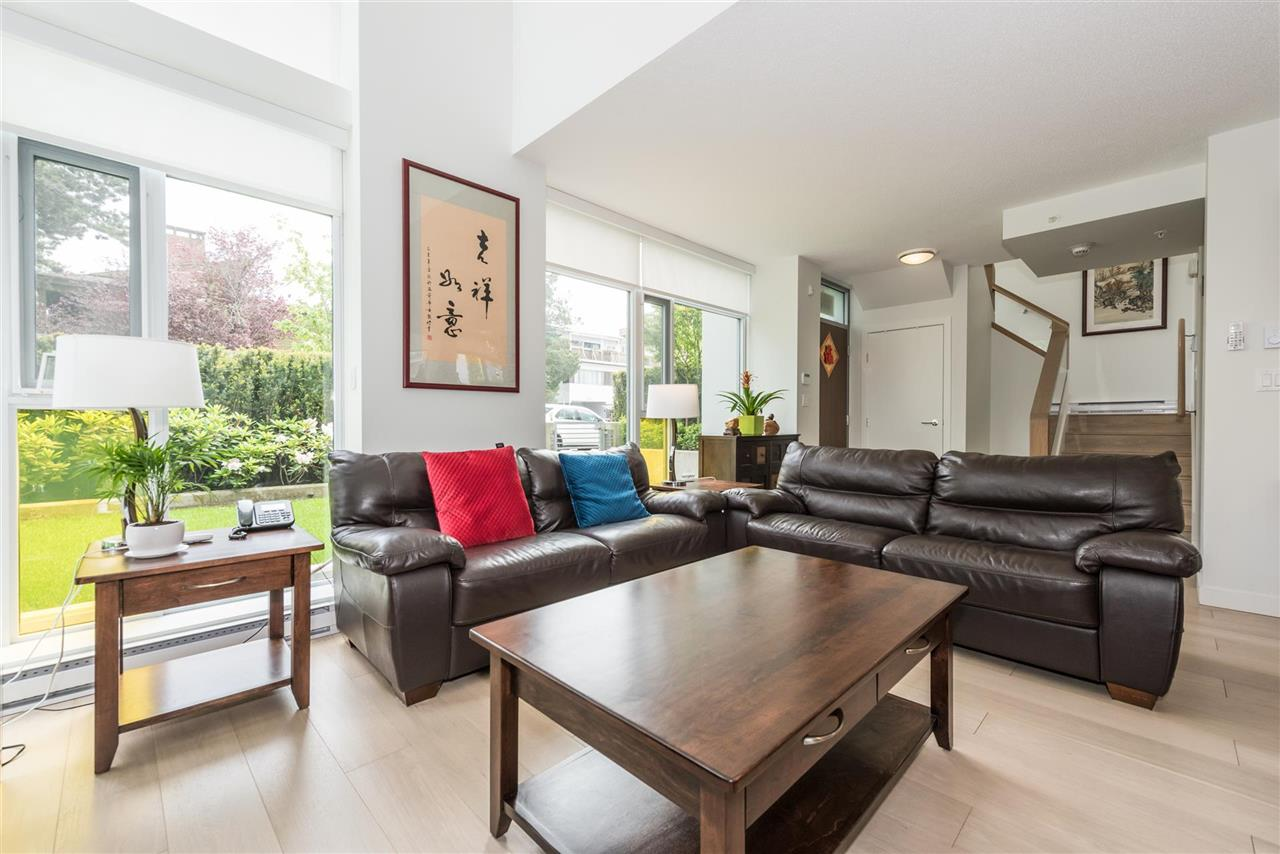 Townhouse at 6569 DUNBLANE AVENUE, Burnaby South, British Columbia. Image 2