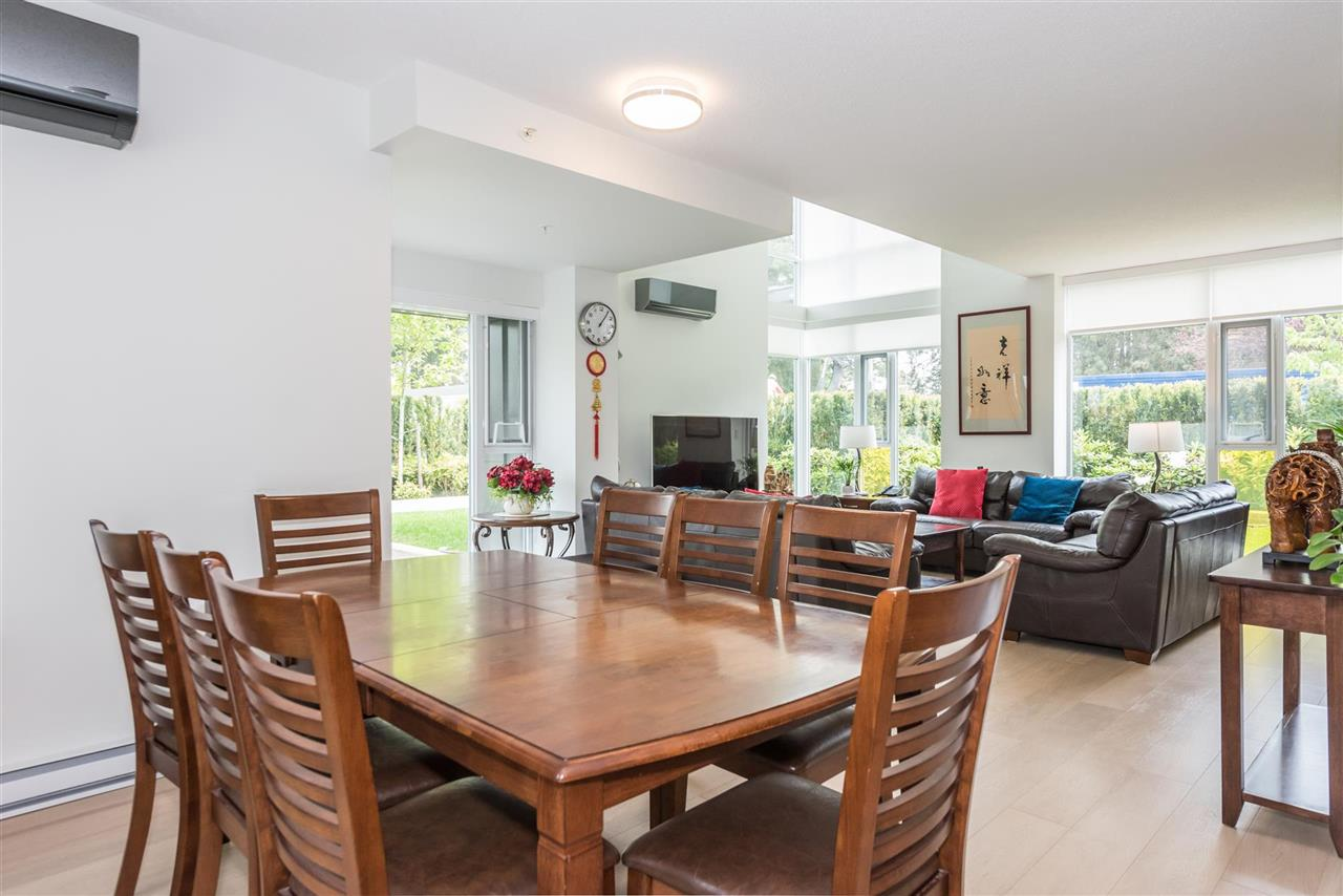 Townhouse at 6569 DUNBLANE AVENUE, Burnaby South, British Columbia. Image 3
