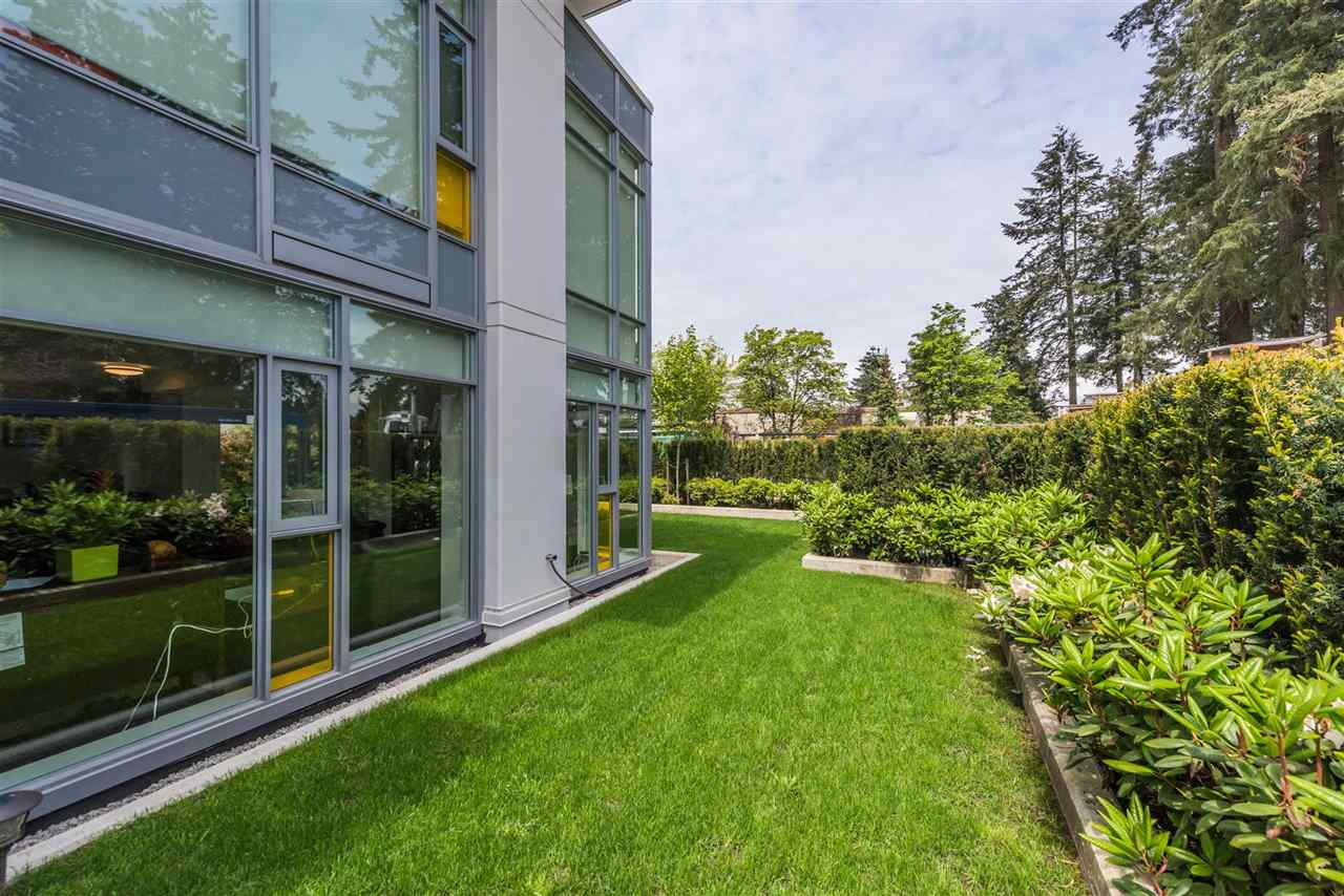 Townhouse at 6569 DUNBLANE AVENUE, Burnaby South, British Columbia. Image 11