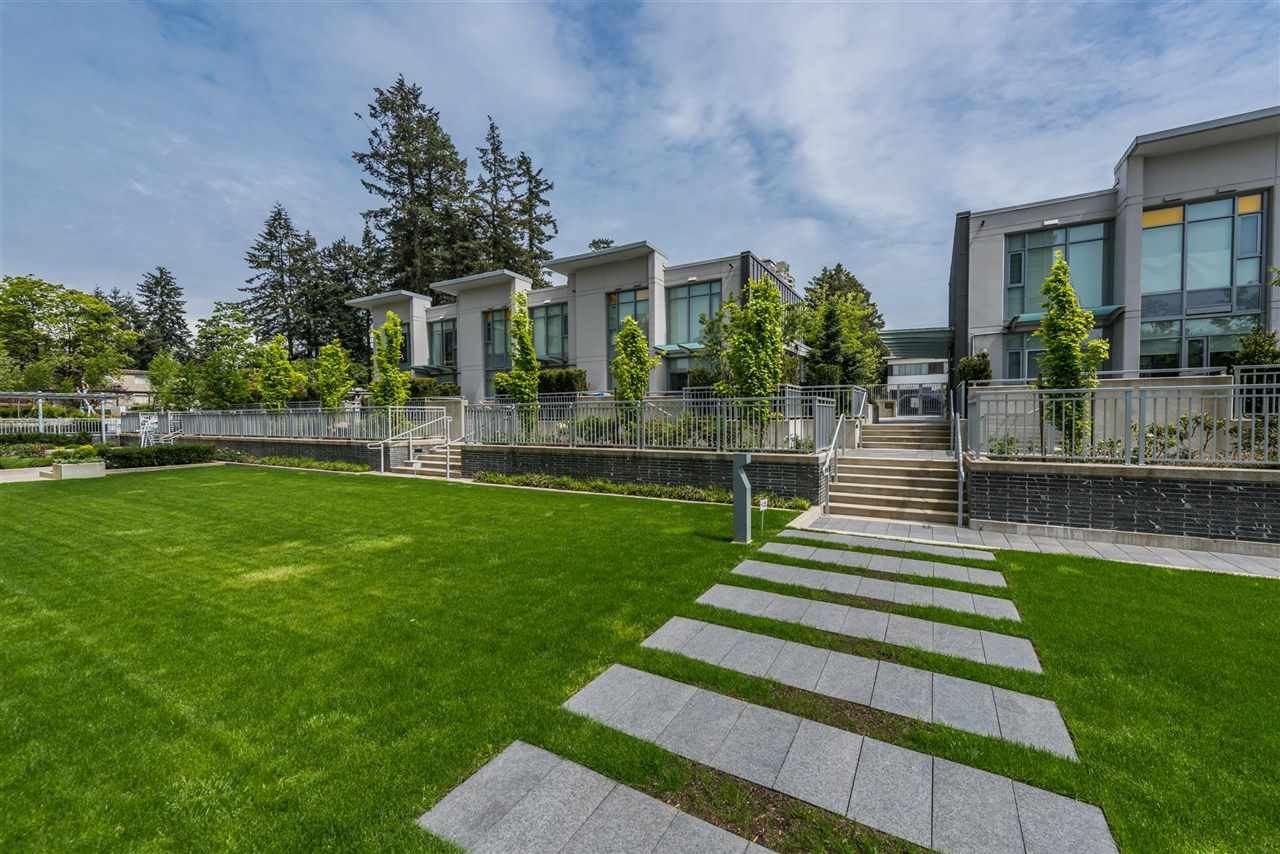 Townhouse at 6569 DUNBLANE AVENUE, Burnaby South, British Columbia. Image 12