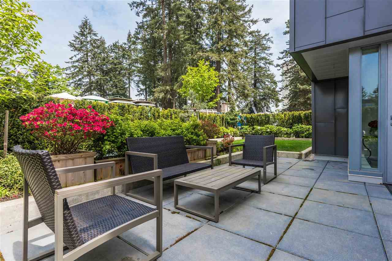 Townhouse at 6569 DUNBLANE AVENUE, Burnaby South, British Columbia. Image 15