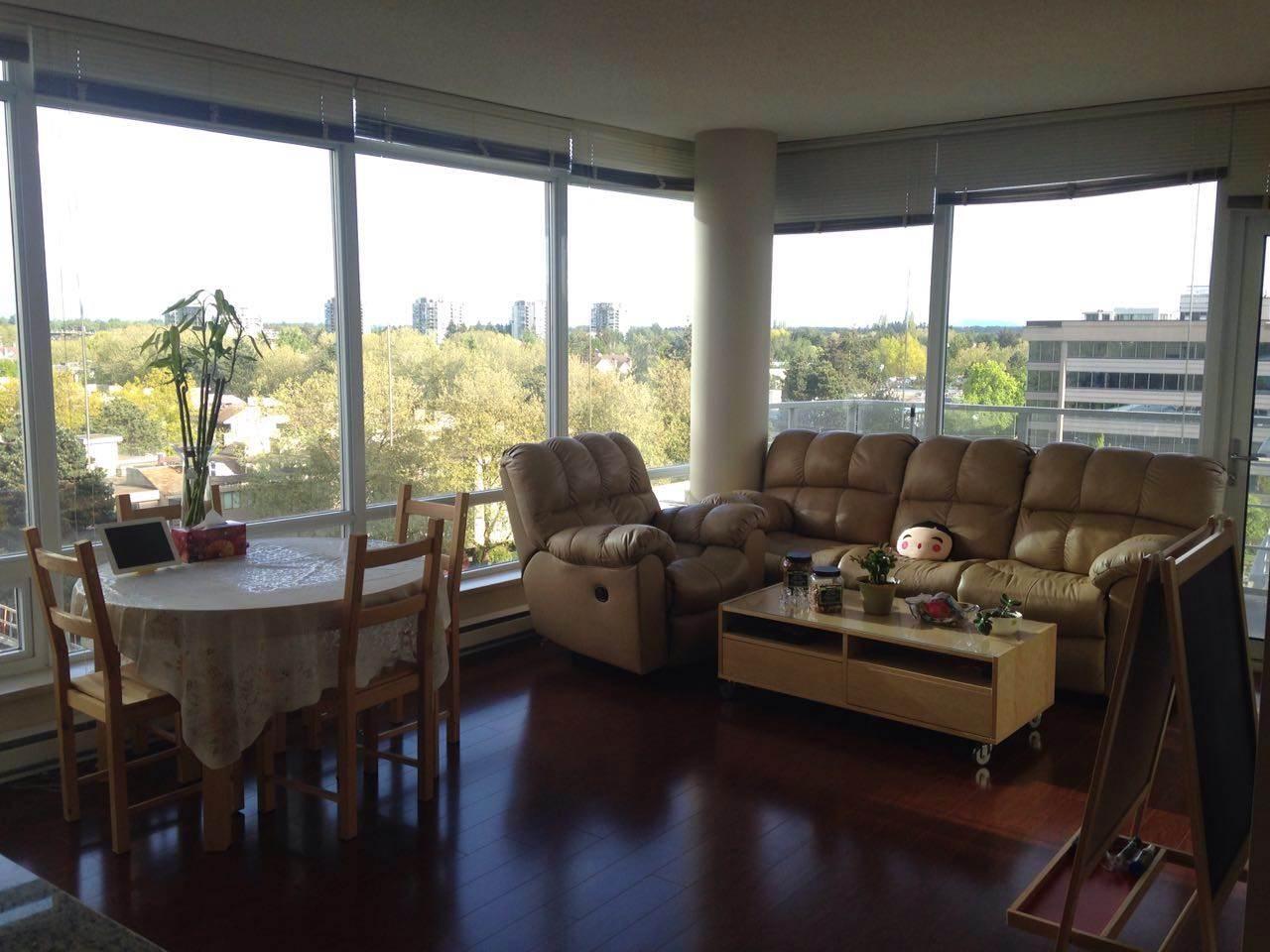 Condo Apartment at 1009 8280 LANSDOWNE ROAD, Unit 1009, Richmond, British Columbia. Image 2
