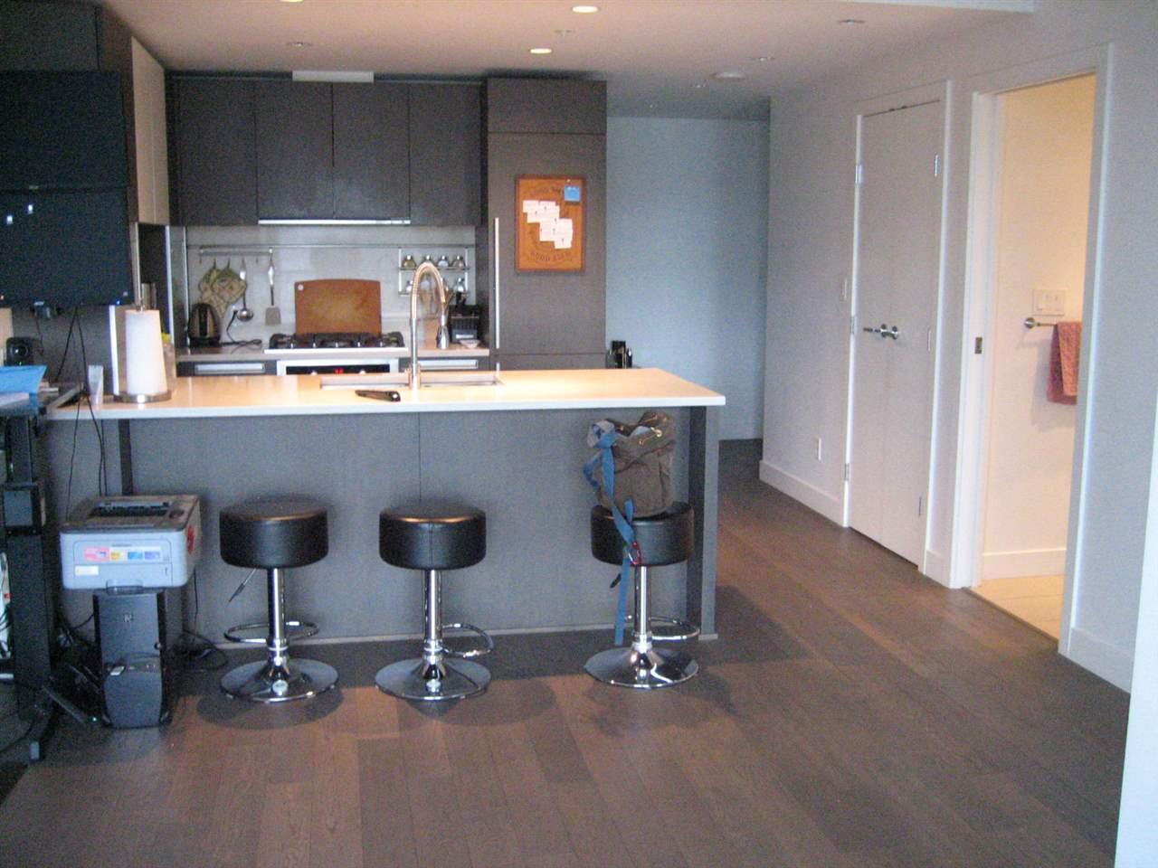 Condo Apartment at 1506 288 W 1ST AVENUE, Unit 1506, Vancouver West, British Columbia. Image 8