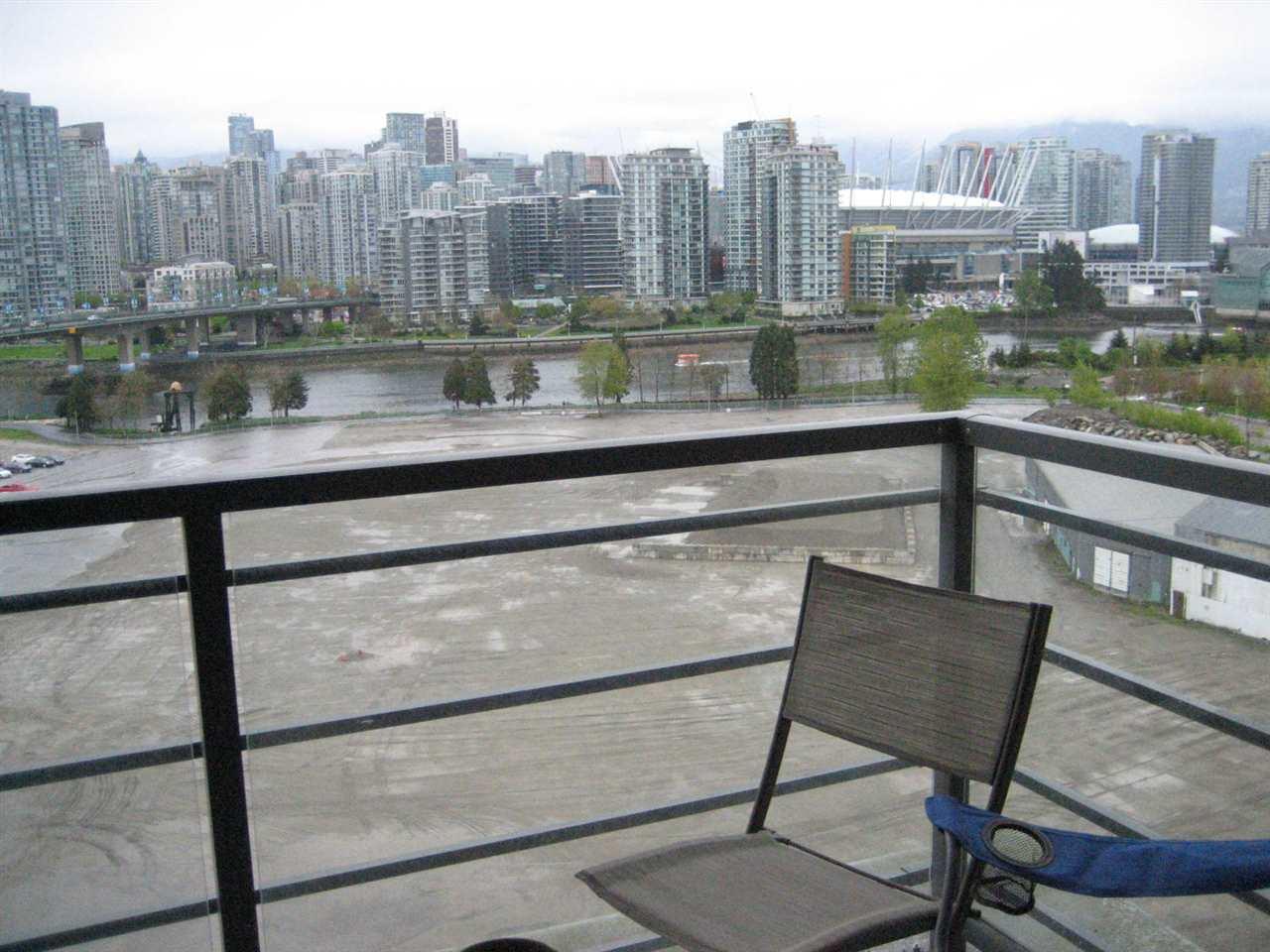 Condo Apartment at 1506 288 W 1ST AVENUE, Unit 1506, Vancouver West, British Columbia. Image 15