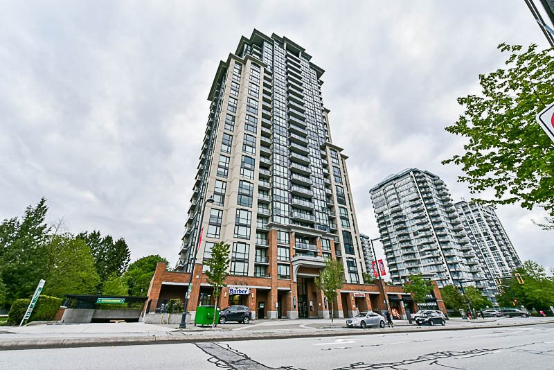 Condo Apartment at 1901 10777 UNIVERSITY DRIVE, Unit 1901, North Surrey, British Columbia. Image 1