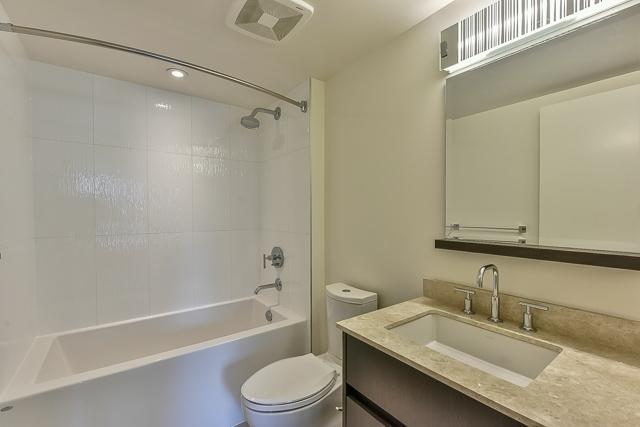 Condo Apartment at 701 7788 ACKROYD ROAD, Unit 701, Richmond, British Columbia. Image 15
